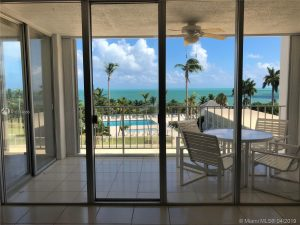 Condos $500K~$1M in Key Biscayne