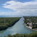 Propiedades con Vista al Agua, en Key Biscayne