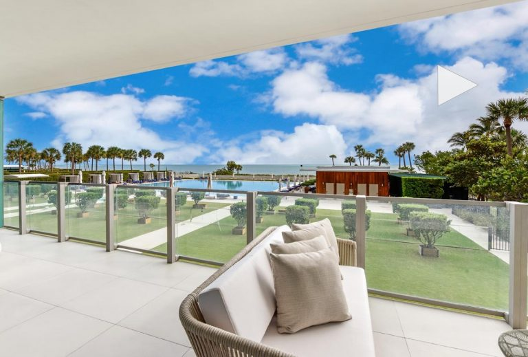Condo Apartment for Sale in Key Biscayne